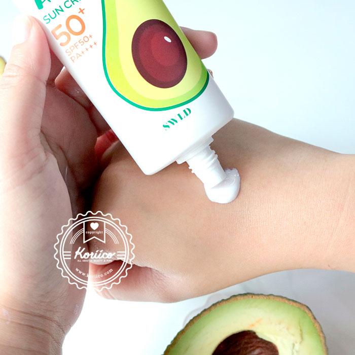 swld-bania-avocado-sun-cream-spf50-pa-02