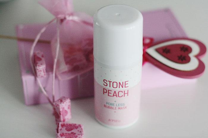 Кислородная очищающая и сужающая поры маска A'PIEU Stone Peach Poreless Bubble Mask фото 1 | Sweetness