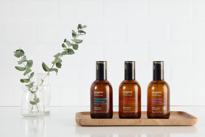AROMATICA Lavender Relaxing Massage & Body Oil Массажное масло для тела с эфирным маслом лаванды фото 1 | Sweetness