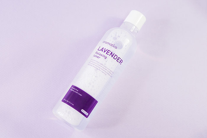 Слабокислотный расслабляющий тонер с эфирным маслом лаванды AROMATICA Lavender Relaxing Toner фото 3 | Sweetness корейская косметика