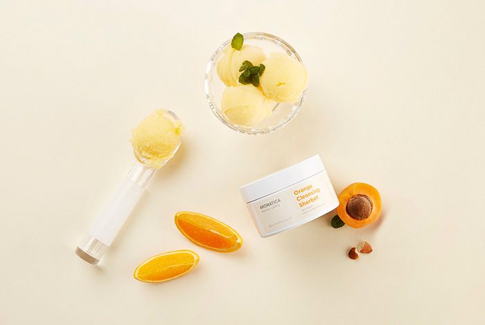 Очищающий щербет на основе апельсинового масла холодного отжима AROMATICA Orange Cleansing Sherbet фото 1 | Sweetness