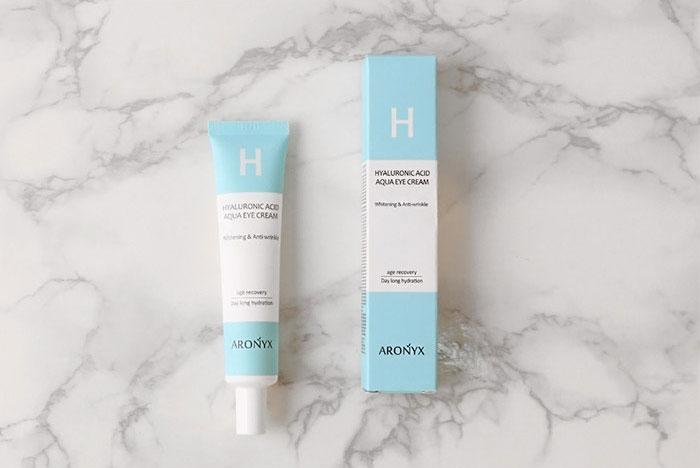 Крем для кожи вокруг глаз с гиалуроновой кислотой Aronix Hyaluronic Acid Aqua Eye Cream фото 3 / Sweetness
