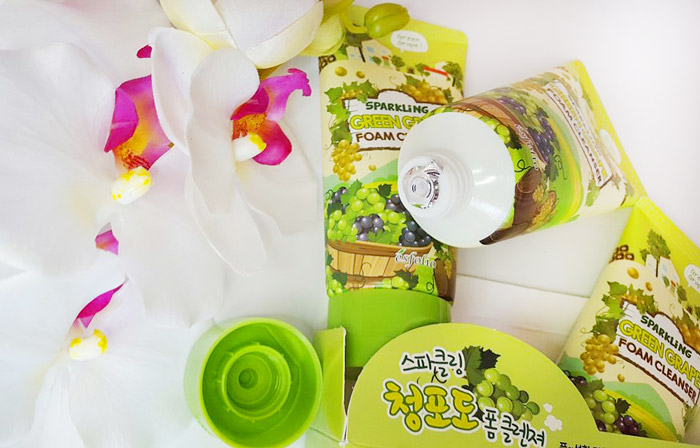 Esfolio Sparkling Green Grape Foam Cleanser Пенка для умывания игристый зеленый виноград фото 2 | Sweetness