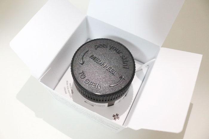 Medi-peel Bor-Tox Peptide Cream Лифтинг-крем с пептидным комплексом фото 2 / Sweetness