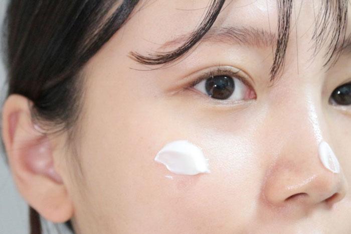 Medi-peel Bor-Tox Peptide Cream Лифтинг-крем с пептидным комплексом фото 7 / Sweetness