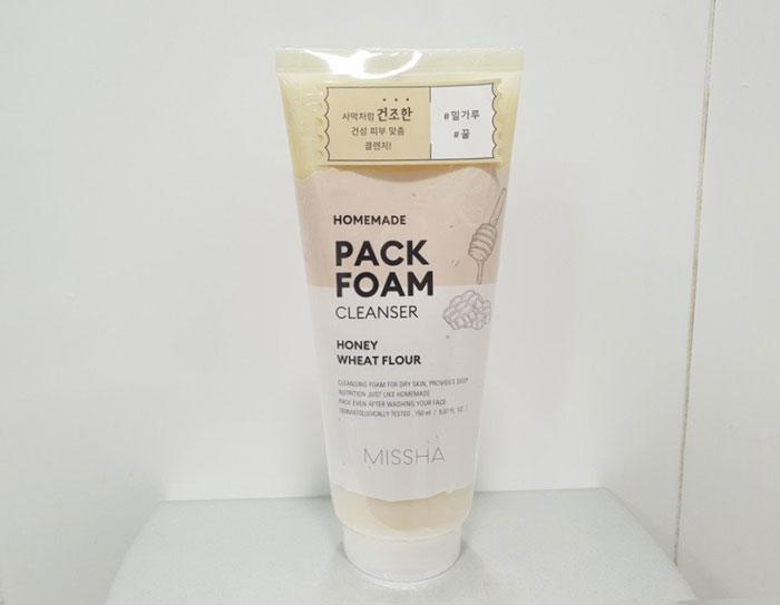 Питательная пенка для сухой кожи - Мёд и пшеничная мука Missha Homemade Pack Foam Cleanser (Wheat Flour Honey Pack Foam) фото 1 / Sweetness