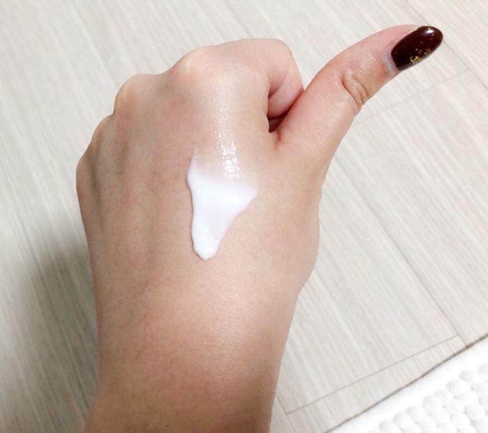 Укрепляющий массажный крем Missha Near Skin Self Control Firming Massage фото 3 / Sweetness