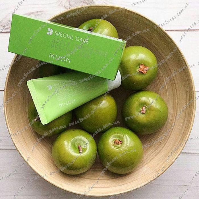 Яблочная скатка MIZON Apple Juicy Peeling Gel фото 3 | Sweetness