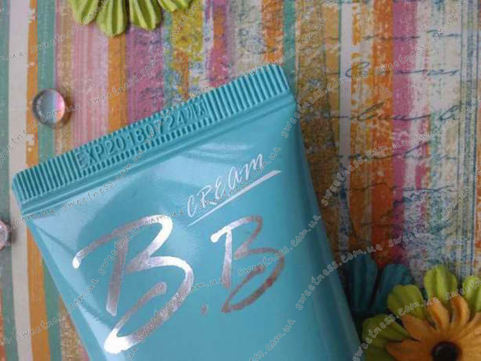 Увлажняющий ББ-крем Mizon Water Max Moisture BB Cream фото 1 | Корейская косметика Sweetness