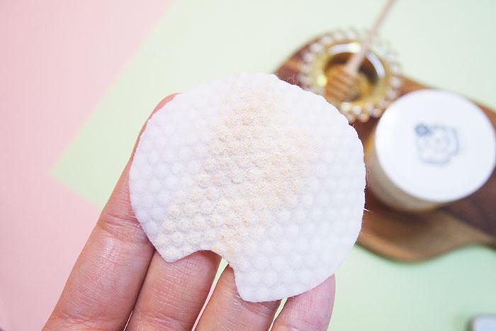 Спонжи для мягкого кислотного (1%) пилинга кожи с медом(50 шт) Nightingale Toning Peeling Pads Honey (50pads) фото 8 | Sweetness